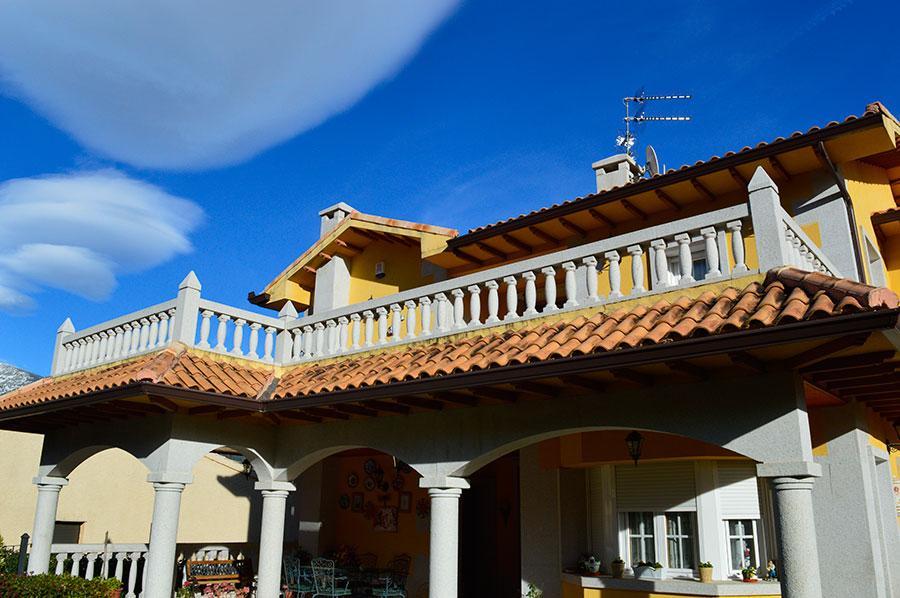 Casa-Rural-El-Balcon-de-Siete-Picos-fachada-2