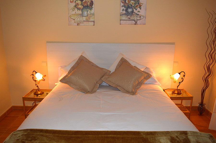 Casa-Rural-El-Balcon-de-Siete-Picos-habitación-principal-4