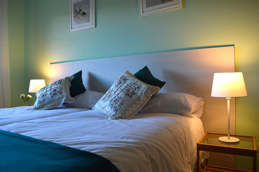 Casa-Rural-El-Balcon-de-Siete-Picos-habitación-verde-2