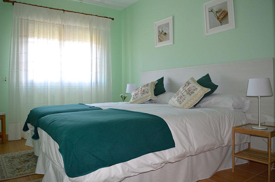 Casa-Rural-El-Balcon-de-Siete-Picos-habitación-verde-5