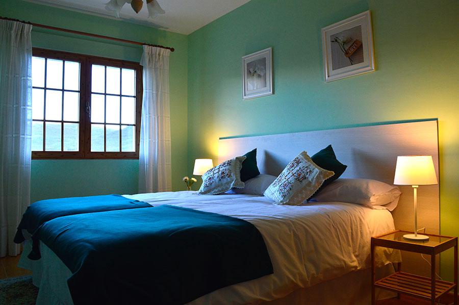 Casa-Rural-El-Balcon-de-Siete-Picos-habitación-verde