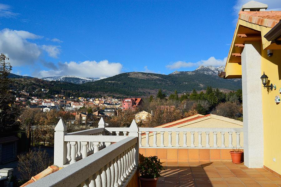 Casa-Rural-El-Balcon-de-Siete-Picos-terraza