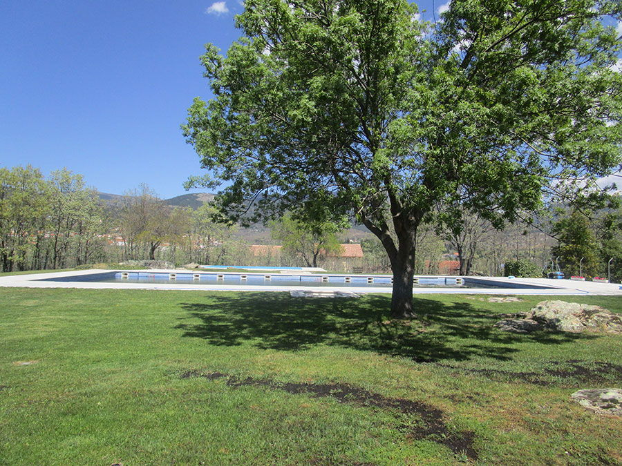 Piscina-El-Balcon-de-Siete-Picos-Casa-Rural-Cercedilla