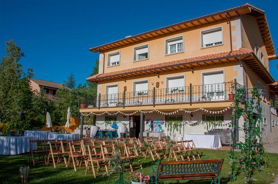 Casa-Rural-El-Balcon-de-Siete-Picos-fachada-6