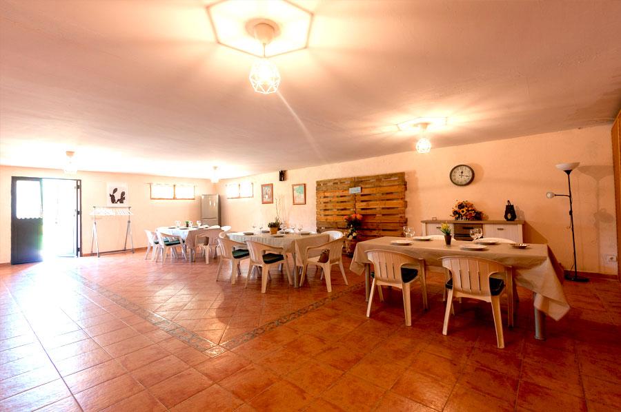 Casa-Rural-El-Balcon-de-Siete-Picos-garaje