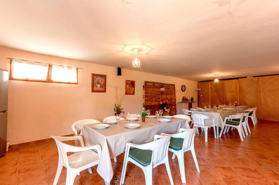 Casa-Rural-El-Balcon-de-Siete-Picos-garaje2