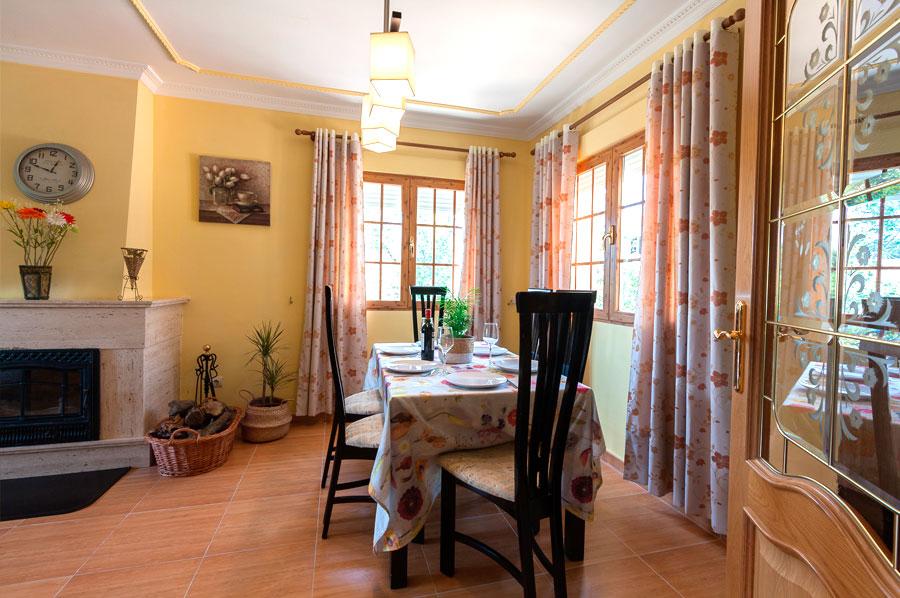 Casa-Rural-El-Balcon-de-Siete-Picos-salon