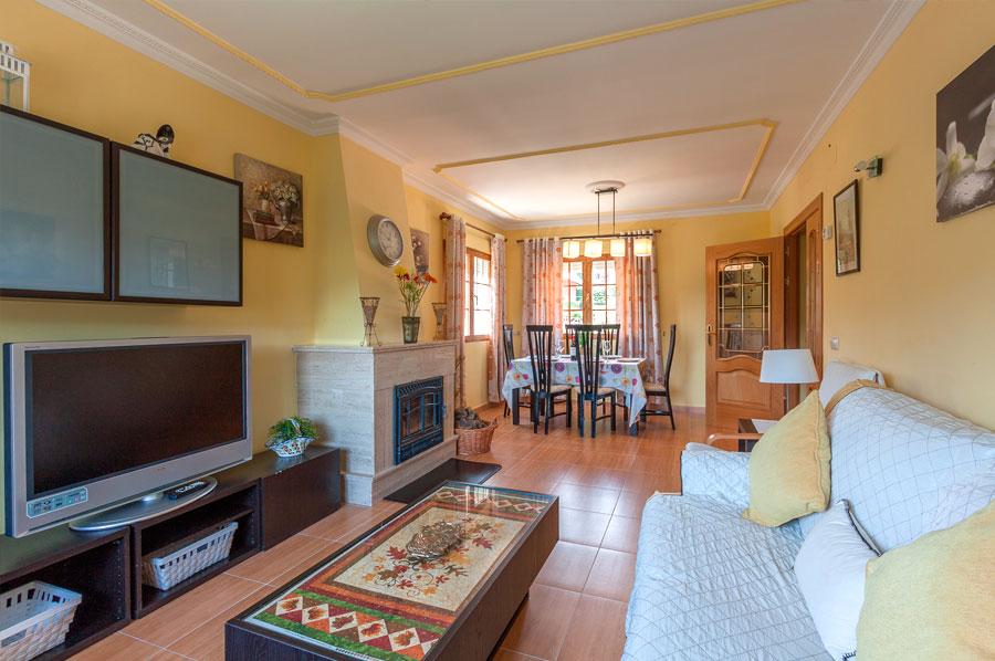 Casa-Rural-El-Balcon-de-Siete-Picos-salon3